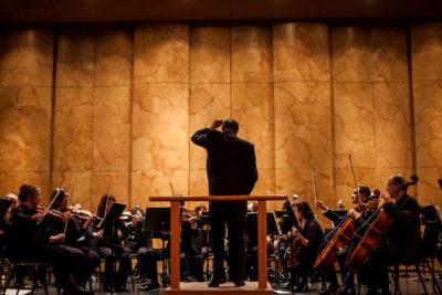 phillip-sarabura-conductor-image-4